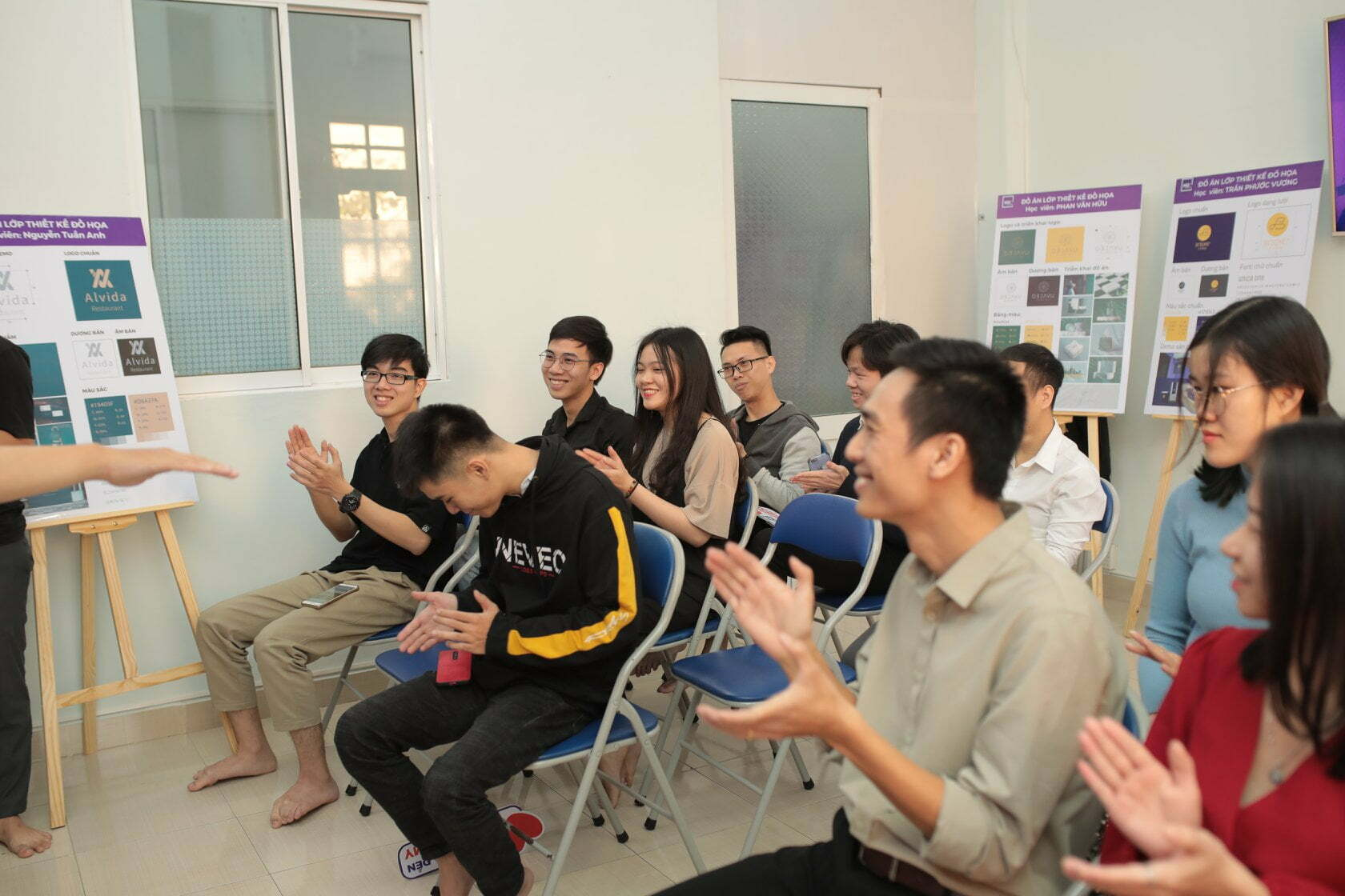 Lễ tốt nghiệp khóa nghề thiết kế đà nẵng 1-2021 (23)